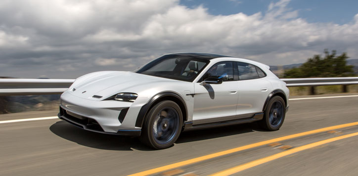 Porsche Mission e-Cross Turismo